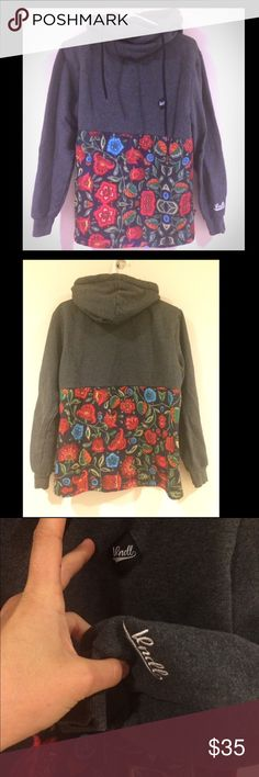 VNDL hoodie super think material with amazing mixed media floral print -- extremely subtle dark spot right below chin Tops Sweatshirts & Hoodies