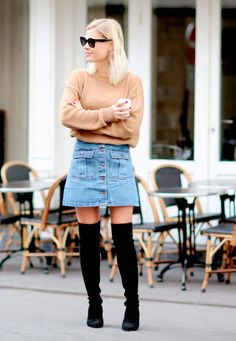 6 maneiras de ficar chic usando saia jeans