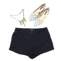 Black patterned shorts Just one small snag in the back but in good condition Forever 21 Shorts