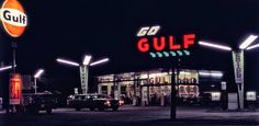 Gulf Gas station, Chicago 1971