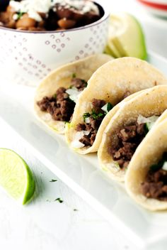 There's nothing like a few good Carne Asada Mexican Street Tacos! from Karly Gomez Read More by thewickednoodle Mexican Dishes, Mexican Food Recipes, Cilantro, Mini Tacos, Street Tacos, Mini Hamburgers, The Best, Food Porn, Cooking Recipes
