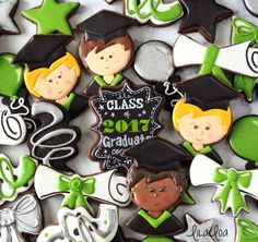 How to make boy graduate decorated sugar cookies -- cookie decorating tutorial.