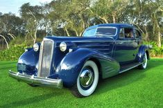 1936 Cadillac V-16 Aerodynamic Coupe