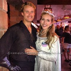 Cool Couple Costume Idea from The Princess Bride: Westley and Buttercup. next year? 80s Movie Costumes, Halloween Bride Costumes, Funny Couple Costumes, Best Couples Costumes, Halloween Town, Halloween Cosplay, Cool Costumes, Costume Ideas, Halloween Ideas