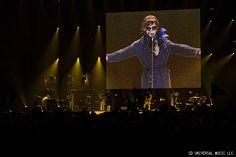 2015年8月16日に開催された、初の海外公演となる台湾ライブ「椎名林檎 (生)林檎博'15 -垂涎三尺-」のフォトギャラリーやライブレポート・セットリスト公開中!