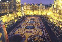 Bruxelles este considerat capitala de facto a Uniunii Europene. Grabeste-te si rezerva un weekend la Bruxelles!