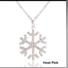 25% off bundles Holiday snowflake diamond necklace Diamond like stones cover this gorgeous snowflake, new, great for this end season or other events to come Jewelry Necklaces