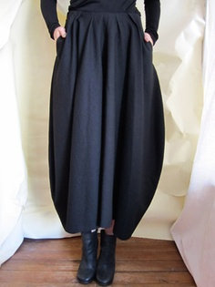 Forme D'Expression bell skirt.