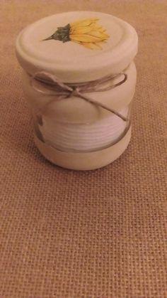Tarro de cristal reciclado para almacenamiento de algodones desmaquilladores  pintado y con decoupage
