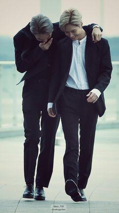 Lee Taemin and Kim Jongin Taemin And Jimin, Shinee Taemin, Jimin Jungkook, Exo Kai, Baekhyun, I Got You Fam, Cute Polymer Clay, Best Friendship, Kim Jongin