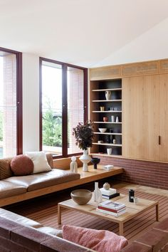 Bona Vista House by Studio Prineas. | Yellowtrace Interior Simple, Contemporary Interior, Interior Styling, Bungalow, Minimalism Living, Vista House, Vogue Living, Beautiful Space, Interiores Design