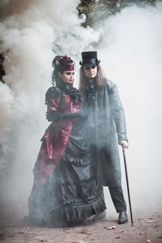 Red and black vampire bustle dress Ph: Stanislav Aleksashin Md: Katherine Baumgertner, Andreas Kriger Mua: Alina Cirkina Dress: Katherine Baumgertner  #19century #blackandred #gothic #vampire #victorian #blackmart #dark_beauty #bustledress #gothic_couple