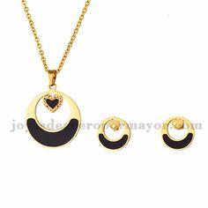 juego de collar y aretes de moda de dorado en acero-SSNEG503036
