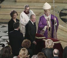 Los Reyes, con la Princesa de Asturias y la infanta Elena, presiden el funeral de Estado en el décimo aniversario del 11M