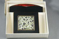 Vtg Rex Fifth Avenue Powder Compact Comb Black Enamel Embossed Leaf Design