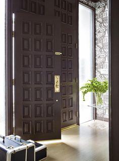 Transitional | Living Rooms | Nancy Leffler Mikulich : Designer Portfolio : HGTV - Home & Garden Television