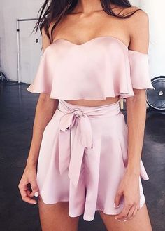 Summer Outfits 2018 Shorts where Summer Smart Casual Outfits Mens your Summer Outfits For Evening. Summer Outfits 2018 For School because Ladies Clothes Catalogue Shopping Mode Outfits, Casual Outfits, Fashion Outfits, Womens Fashion, Style Fashion, Bbq Outfits, Gypsy Fashion, Country Outfits, Pink Fashion