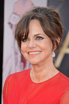 Sally Field Photo - Red Carpet Arrivals at the Oscars