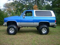 Lifted Chevy Tahoe, Chevy 4x4, Chevy Pickup Trucks, Chevrolet Tahoe, Gm Trucks, Chevrolet Trucks, Cool Trucks, Gmc 4x4, Chevy Blazer K5