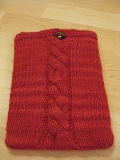 Free Knitting Pattern - Phone, Tablet & Laptop Covers: Kindle Pocket