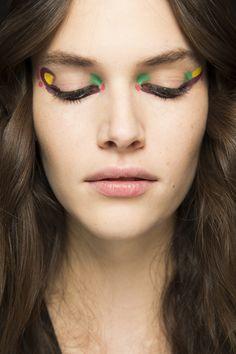 Fendi Fall 2016 Ready-to-Wear Beauty Photos - Vogue