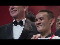 Un vendedor de comida ambulante de Singapur consigue una estrella Michelin con…