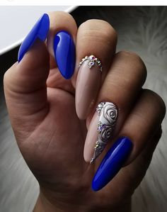 20 Hottest & Catchiest Nail Polish Trends in 2019 Blue Nail Designs, Diy Nail Designs, Beautiful Nail Designs, Pretty Designs, Rose Nails, Flower Nails, Pink Nails, Fancy Nails, Pretty Nails