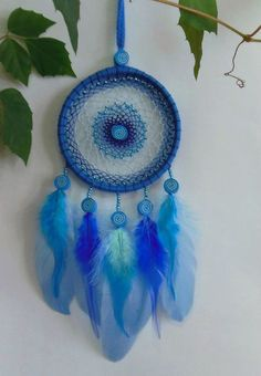 Dream Catcher Bedding, Dream Catcher Decor, Indian Arts And Crafts, Diy And Crafts, Crochet Dreamcatcher Pattern, Diy Tassel, Felt Art, Crafty, Dreamcatchers