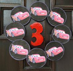 Disney biler bursdag - hvordan planlegge tema bursdag? Hjelp til å planlegge.