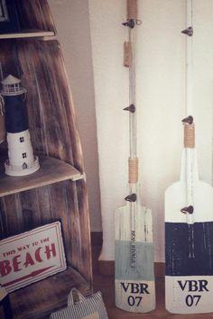 Remos, faros, carteles... | Tienda 'Barquitos' • Oars, lighthouses, posters... Ideas Para, Ladder Decor, Branding, Diy, Home Decor, Home, Hall, Terrace, Yurts