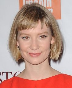 Mia Wasikowska -  what I would give for a bob like this.