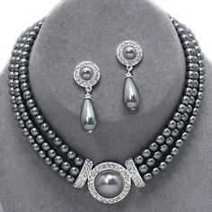 Bridal Wedding Formal Gray Pearl Necklace Chunky Layered Elegant Jewelry Set #Unbranded #ChunkyStatement
