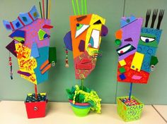 25 Picasso Inspired Art Projects For Kids Picasso Art – These super creative masks use a mixture of small objects, colors, and cardboard to create [. School Art Projects, Projects For Kids, Project Ideas, Art Picasso, Picasso Kids, Classe D'art, 4th Grade Art, Grade 3, Ecole Art