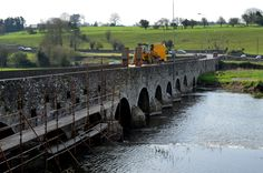 I was so impressed the first time I saw this bridge. Because it is so narrow traffic is halted one direction so the other direction may cross. Slane Co Meath Ireland