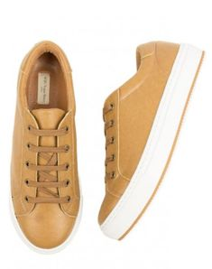 Created with carbon-neutral vegan leather made from plants, the men's Tan Smart Sneakers by Will's Vegan Shoes are PETA-approved vegan & ethically made. Vegan Fashion, Mens Fashion, Baskets, Vegan Store, Tan Sneakers, Vegan Shopping, Vegan Leather, Shoes, Carbon Neutral