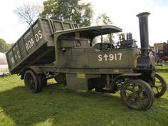 1916 Foden - Steam Tipper Wagon Antique Trucks, Antique Tractors, Vintage Tractors, Old Tractors, Vintage Trucks, Antique Cars, Dump Trucks, Cool Trucks, Big Trucks