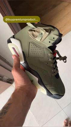 Jordans Sneakers, Air Max Sneakers, Platform Shoes, Jordan Shoes, Basketball Shoes, Indian Fashion, Party Wear, Casual Shoes, Nike Air Max