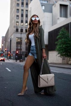 if you are searching for some copy and paste outfit inspiration. Here we come with 19 Stylish Fall Outfits to Copy this Cool Season. Short Outfits, Fall Outfits, Summer Outfits, Fashion Outfits, Casual Night Out Outfit Summer, Heels Outfits, Cheap Fashion, Shoes Heels, Classy Outfits
