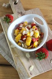 Rezept: Erdbeer-Mango-Quinoa-Salat - Projekt: Gesund leben | Clean Eating, Fitness & Entspannung