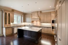 Schoolhouse Vale, Mayfield - traditional - kitchen - toronto - HUSH