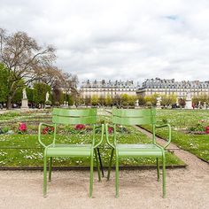 The beautiful Tuileries garden during spring! Don't you love those classic Parisian garden chairs? | Photo by @FrenchCalifornian for Paris Perfect