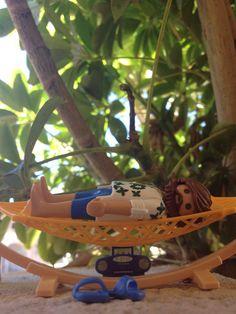 Relax... #playmobilfigures #playmobillovers #playmobilporelmundo #playmobilespaña #famobil #clicks #iloveplaymo #playmo #playmobilfan #playmobilmania #iloveplaymo #playmobilcollectorclub #geobra #playmyplanet #iloveplaymo #playmobil #playmobile #toys #summer #relax
