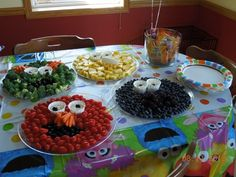 Sesame Street characters made from veggies and fruits