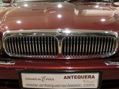 MARCA: JAGUAR MODELO: XJ 4.0 V8 SOVEREIGN X300 CARACTERÍSTICAS: 3.980 CC., 241 CV, V8, AUTOMÁTICO, CLIMATIZADOR, D/A, E/E, C/C, DOBLE AIRBAG, ABS, RADIO-CD CON CARGADOR, ORDENADOR DE A BORDO, ASIENTOS ELÉCTRICOS, TAPICERÍA DE CUERO, INTERIOR DE MADERA, 5 PLAZAS, LLANTAS, RUEDAS NUEVAS, 1 SÓLO PROPIETARIO, 80.000 KMS. REALES CON LIBRO DE MANTENIMIENTO EN JAGUAR, DOCUMENTACIÓN e ITV AL DÍA. AÑO: 1997 PRECIO: 9.000.- € http://antequeraclassic.com/catalogo/jaguar-xj-v8-sovereign
