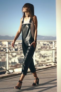 Black Dungarees, Leather Overalls, Leather Jumpsuit, Leather Pants, Black Leather, How To Iron Clothes, Weather Wear, Fashion Gallery, Leather Fashion