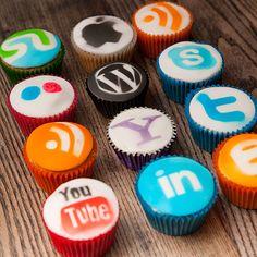 social media cupcakes-LOL~