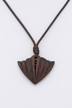 Marvel Pendant from coconut shell Wood Jewelry Hand Carved Ceramic Jewelry, Wooden Jewelry, Jewelry Art, Jewelry Design, Coconut Shell Crafts, Wood Carving For Beginners, Laser Cut Jewelry, Leaf Crafts, How To Make Rings