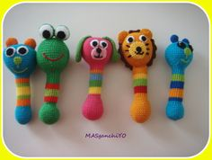Sonajeros de Crochet.  http://masganchiyo.blogspot.com.es/2013/04/sonajeros-de-crochet.html