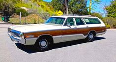 1970 Chrysler Town & Country Station Wagon Woodie.