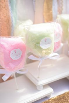 Classy CottonPuff Lollies from The Cotton Candy Confectionery